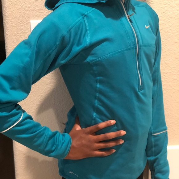 NIKE Womens Pull Over Running Hoodie Extra Small